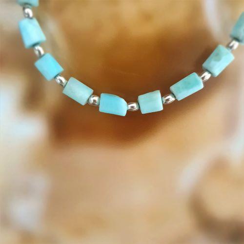 Larimar-Armband mit Silberlinsen, elastisch
